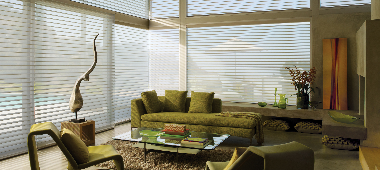 HEADER_nantucket_ultraglide_livingroom_8_0